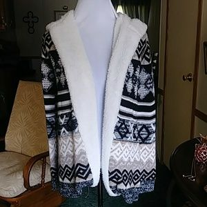 Pretty open front hooded cardigan